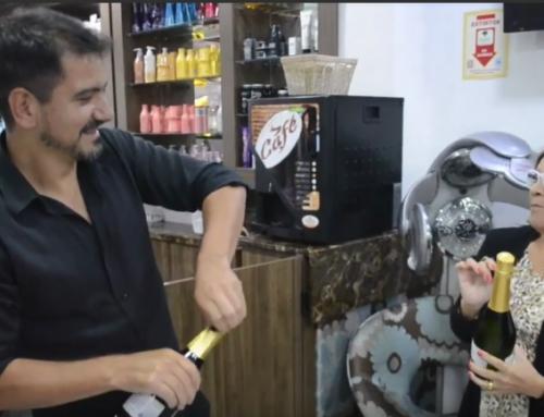 Vídeo de celebração de 8 Anos do Joel Hair Design