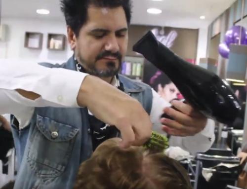 Vídeo do Dia do Rock no salão de beleza
